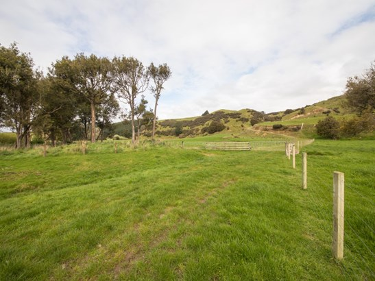 584 Beaconsfield Valley Road, Feilding - NZL (photo 4)