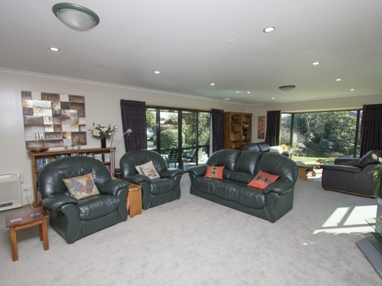 11 Walnut Avenue, Allenton, Ashburton - NZL (photo 3)