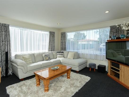 67a Gloucester Street, Greenmeadows, Napier - NZL (photo 3)