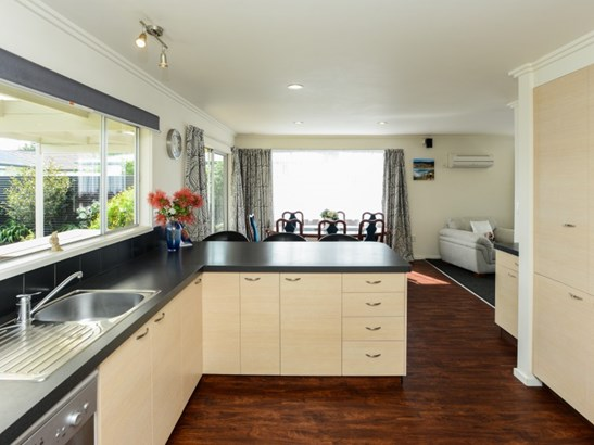67a Gloucester Street, Greenmeadows, Napier - NZL (photo 4)