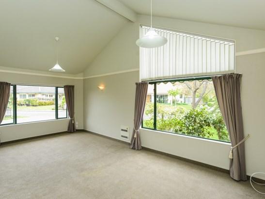 4 Montague Way, Taradale, Napier - NZL (photo 3)