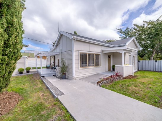 102 Fox Street, Featherston, South Wairarapa - NZL (photo 1)