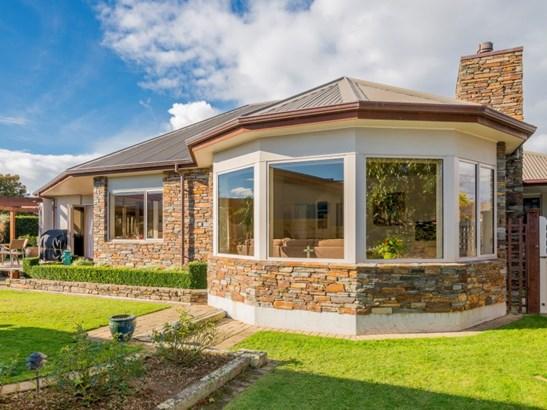 5 Corfe Castle Lane, Levin, Horowhenua - NZL (photo 2)