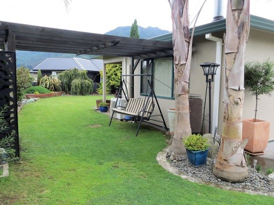 18a Follis Street, Te Aroha, Matamata-piako - NZL (photo 3)