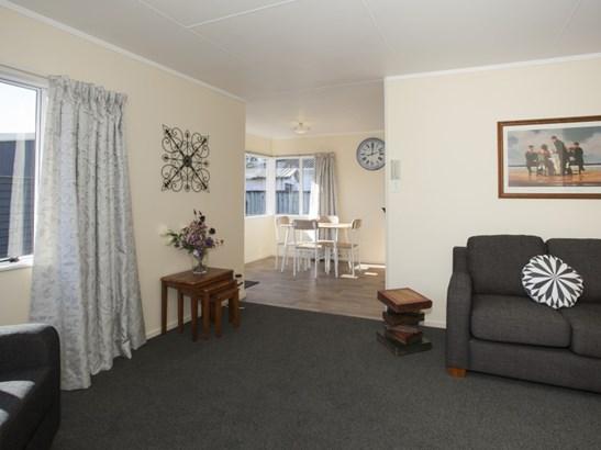 55 Geraldine Crescent, Cloverlea, Palmerston North - NZL (photo 3)