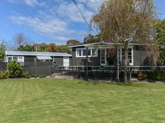 30 Gillies Crescent, Waimarama, Hastings - NZL (photo 2)