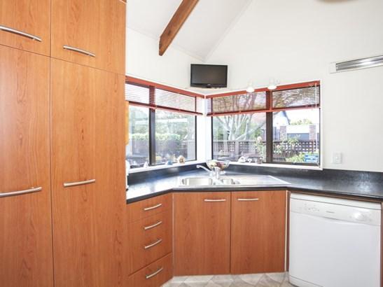 6 Moerangi Street, West End, Palmerston North - NZL (photo 3)