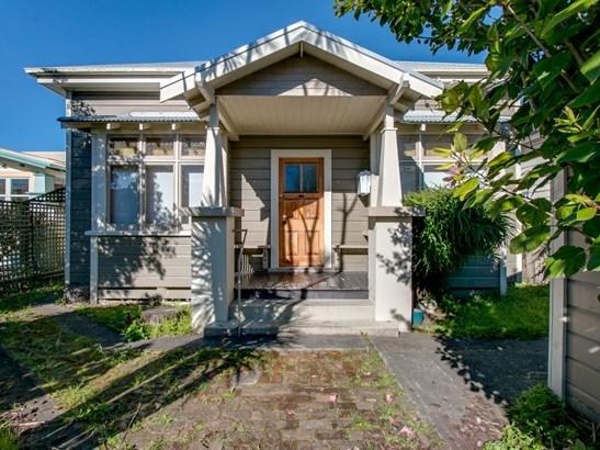 16 Edwardes Street, Napier South, Napier - NZL (photo 1)