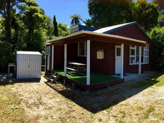 23 Horncastle Crescent, Little Wanganui, Buller - NZL (photo 2)