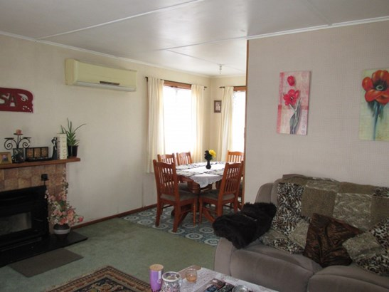 15 Osler Street, Wairoa - NZL (photo 2)