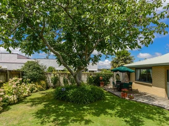 9a Holyrood Terrace, Waipukurau, Central Hawkes Bay - NZL (photo 4)