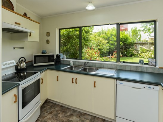 9a Holyrood Terrace, Waipukurau, Central Hawkes Bay - NZL (photo 5)