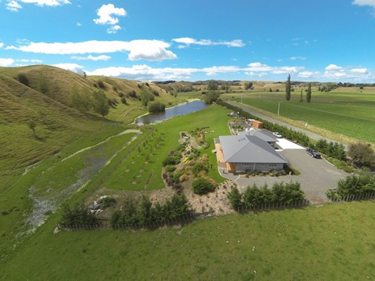 1127 Pourerere Road, Omakere, Central Hawkes Bay - NZL (photo 2)