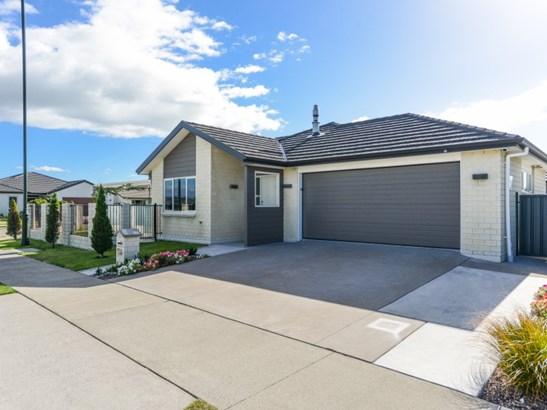 66 Orotu Drive, Poraiti, Napier - NZL (photo 1)