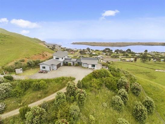 1445 Marokopa Road, Marokopa, Waitomo - NZL (photo 2)