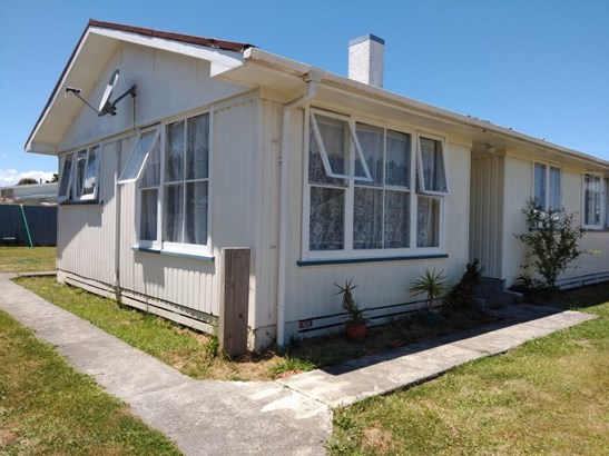 31 Chamberlain Avenue, Wairoa - NZL (photo 2)