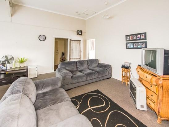 16 Aotea Street, Castlecliff, Whanganui - NZL (photo 4)