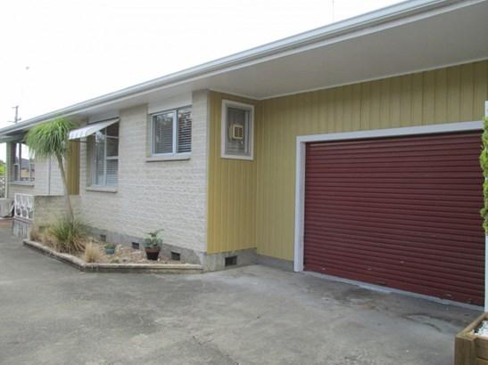 1/23 Meeanee Road, Taradale, Napier - NZL (photo 2)