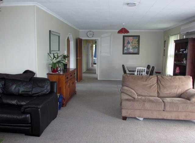 71 Main Street, Reefton, Buller - NZL (photo 2)