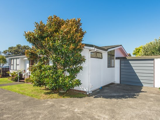 2/48 Nixon Street, Whanganui East, Whanganui - NZL (photo 3)