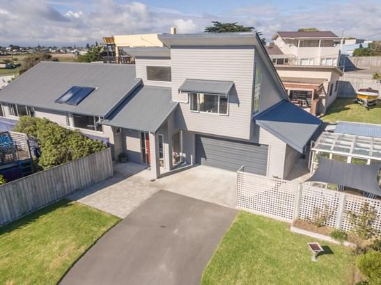 21 Nelson Street, Foxton Beach, Horowhenua - NZL (photo 1)