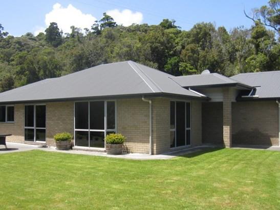 9/19 Stuart And Chapman Drive, Karoro, Grey - NZL (photo 1)