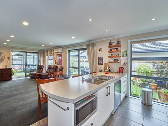 11a Ward Street, Central, Palmerston North - NZL (photo 1)