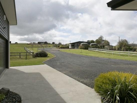 134 Hitiri Rd, Kinloch, Taupo - NZL (photo 3)