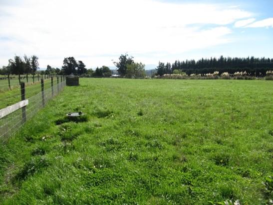 18 Sutherlands Road, Pleasant Point, Timaru - NZL (photo 2)