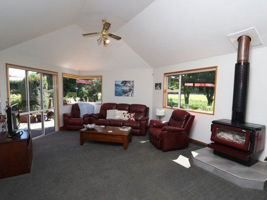 75 Fords Road, Tinwald, Ashburton - NZL (photo 3)