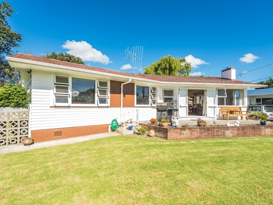 15a Gonville Avenue, Gonville, Whanganui - NZL (photo 2)