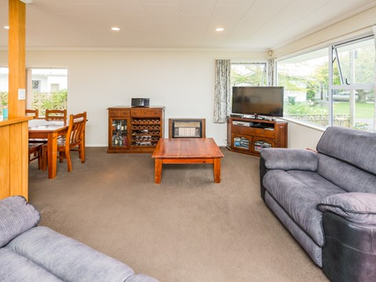 15a Gonville Avenue, Gonville, Whanganui - NZL (photo 3)