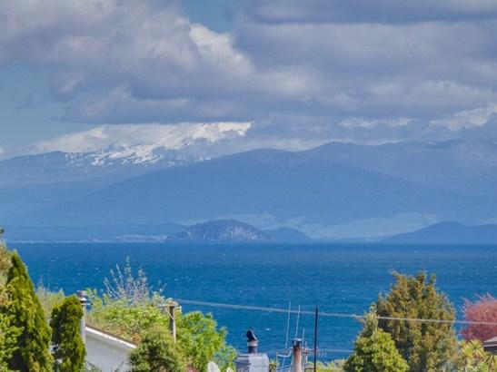 20-1 Gillies Avenue, Taupo - NZL (photo 2)