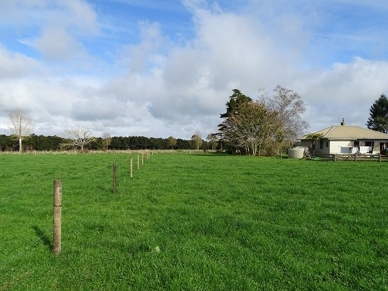 38 Gower Road, Gordonton, Waikato - NZL (photo 2)