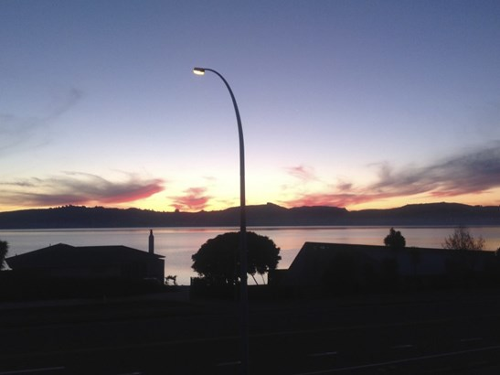 Apt 5/2 Napier Road, Hilltop, Taupo - NZL (photo 2)