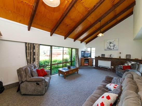4 Heayns Place, Feilding - NZL (photo 5)