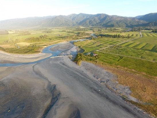 Pottingers Road, Waimangaroa, Buller - NZL (photo 2)