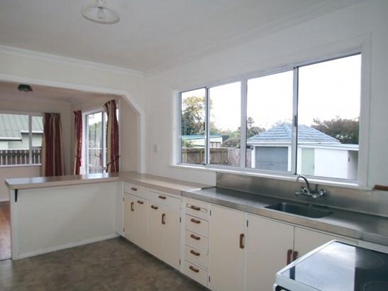 166 Queen Street, Levin, Horowhenua - NZL (photo 4)