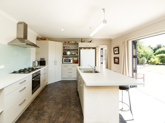 39 County Heights Drive, Aokautere, Palmerston North - NZL (photo 2)