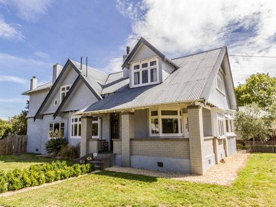 20 Herbert Street, Masterton - NZL (photo 2)