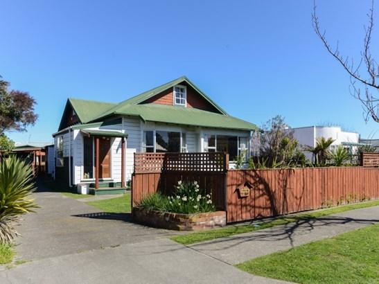 704 Queen Street West, St Leonards, Hastings - NZL (photo 1)