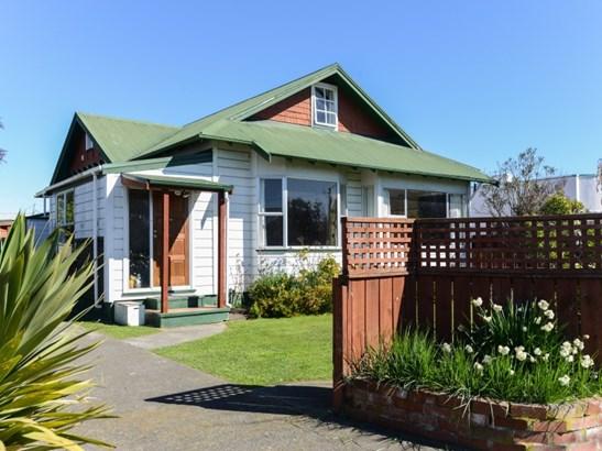 704 Queen Street West, St Leonards, Hastings - NZL (photo 2)