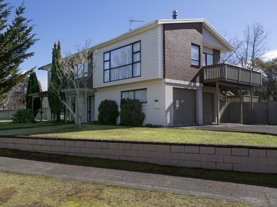 1 Wiremu Street, Turangi, Taupo - NZL (photo 2)