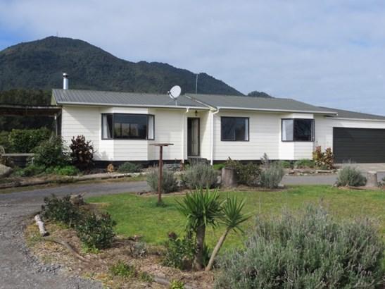 35 Tui Pa Road, Te Aroha, Matamata-piako - NZL (photo 2)