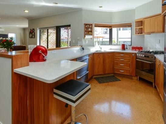 1228 Howard Street, Parkvale, Hastings - NZL (photo 2)