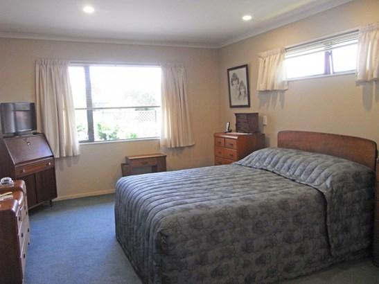 4 Newbury Place, Taradale, Napier - NZL (photo 5)