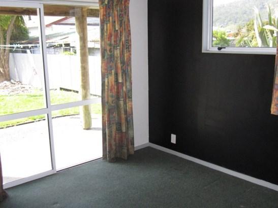 9 Carroll Street, Runanga, Grey - NZL (photo 4)