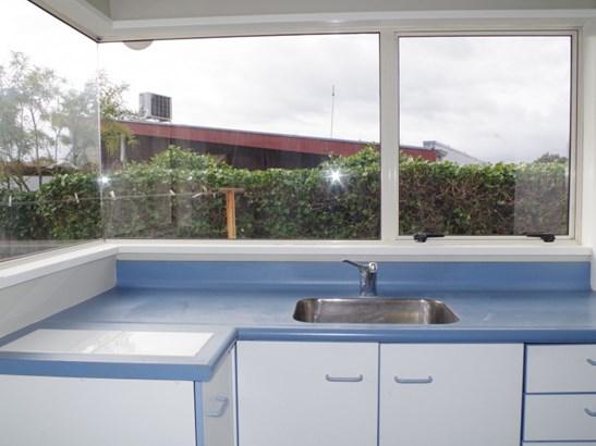 4b Gow Street, Waipukurau, Central Hawkes Bay - NZL (photo 2)