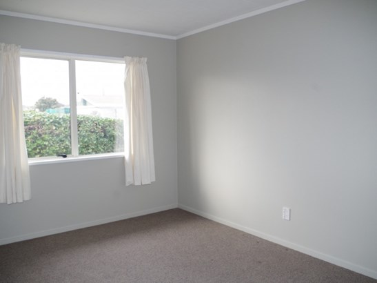 4b Gow Street, Waipukurau, Central Hawkes Bay - NZL (photo 5)