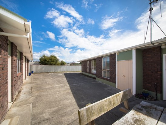 2 Ashdown Crescent, Feilding - NZL (photo 3)